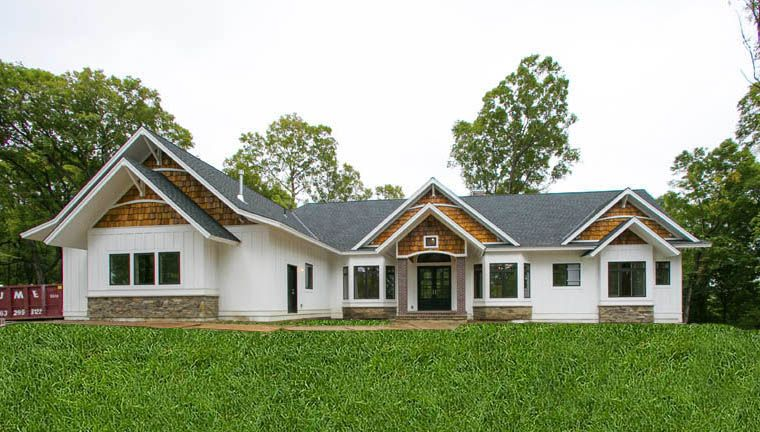 Homes - Creek Hill Custom Homes on contemporary house exterior designs, rambler with front of garage, ranch house exterior designs, colonial home exterior designs, custom house exterior designs, split level house exterior designs, ivory home designs,